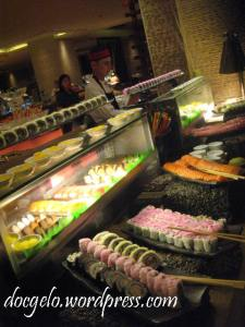 where are the tamago rolls? grrr...!!!