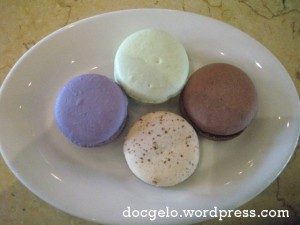 bizu has it as MACARONS DE PARIS