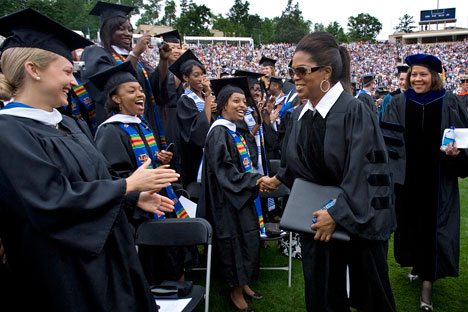 Oprah Winfrey attends grad rites of batch 2009 in Duke University, North Carolina  / photo by: Jon Gardiner, Duke Photography