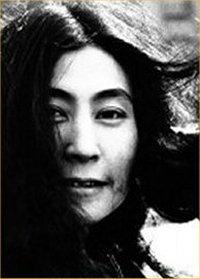 Yoko_Ono_Biography
