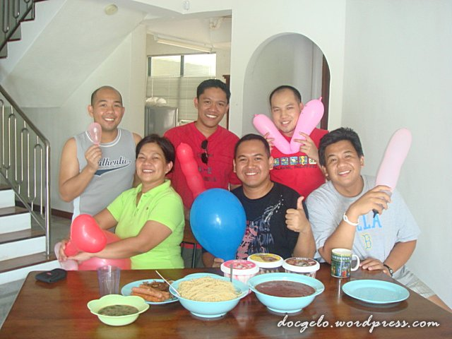 drs. ronnie, j.sayao, roy, alvin, dante & anna (who took the photo) : they made my day warm and special, THANK YOU!