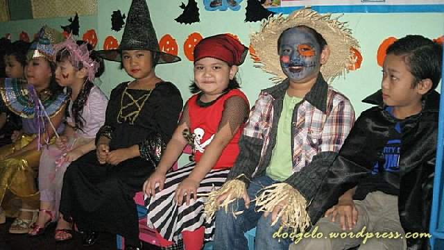 my 6-year old son, Gabby is second from right, geared up as scarecrow